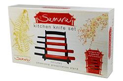 Samurai messen set voor in de keuken